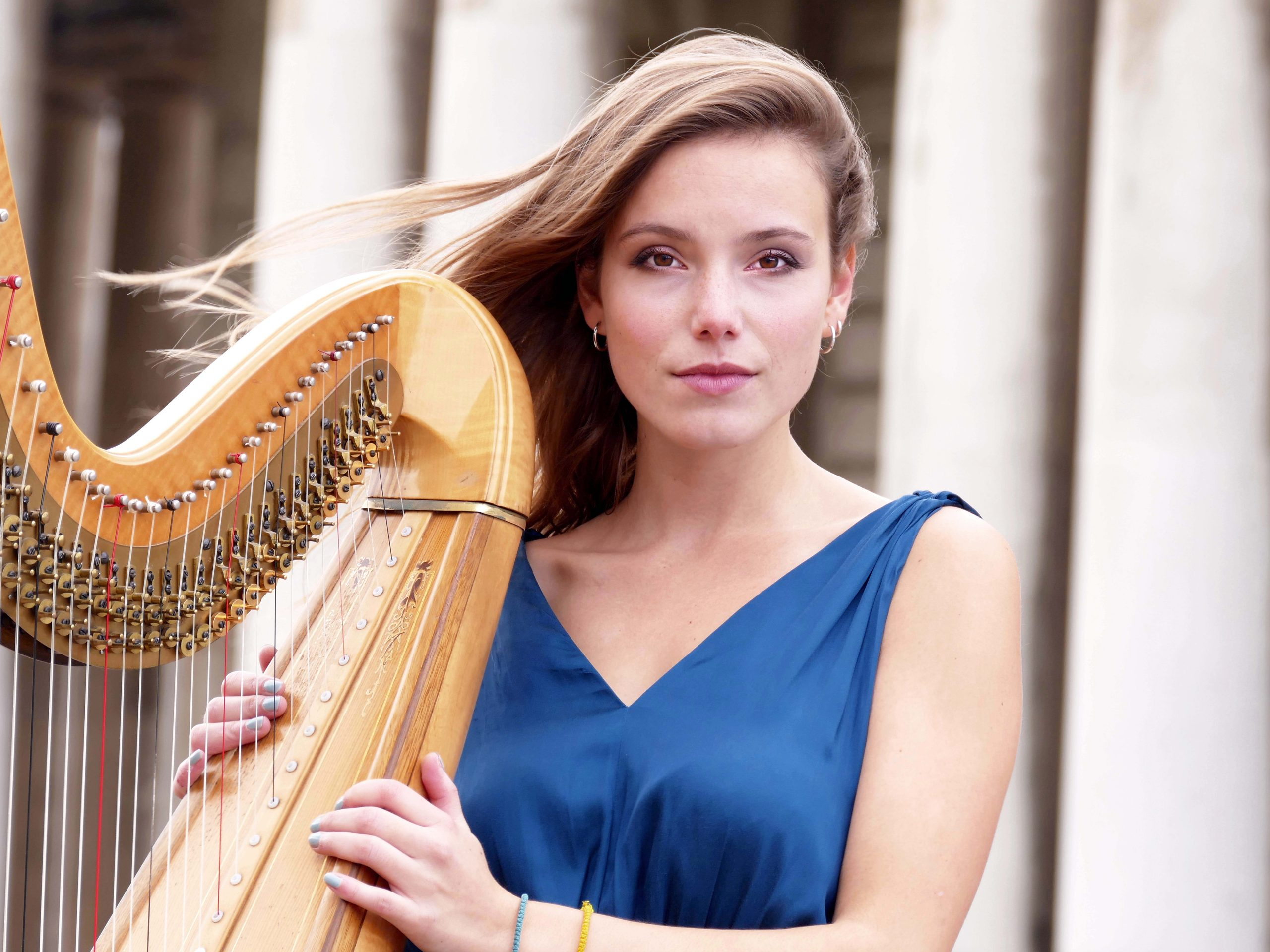 Laudine Dard - Harpist